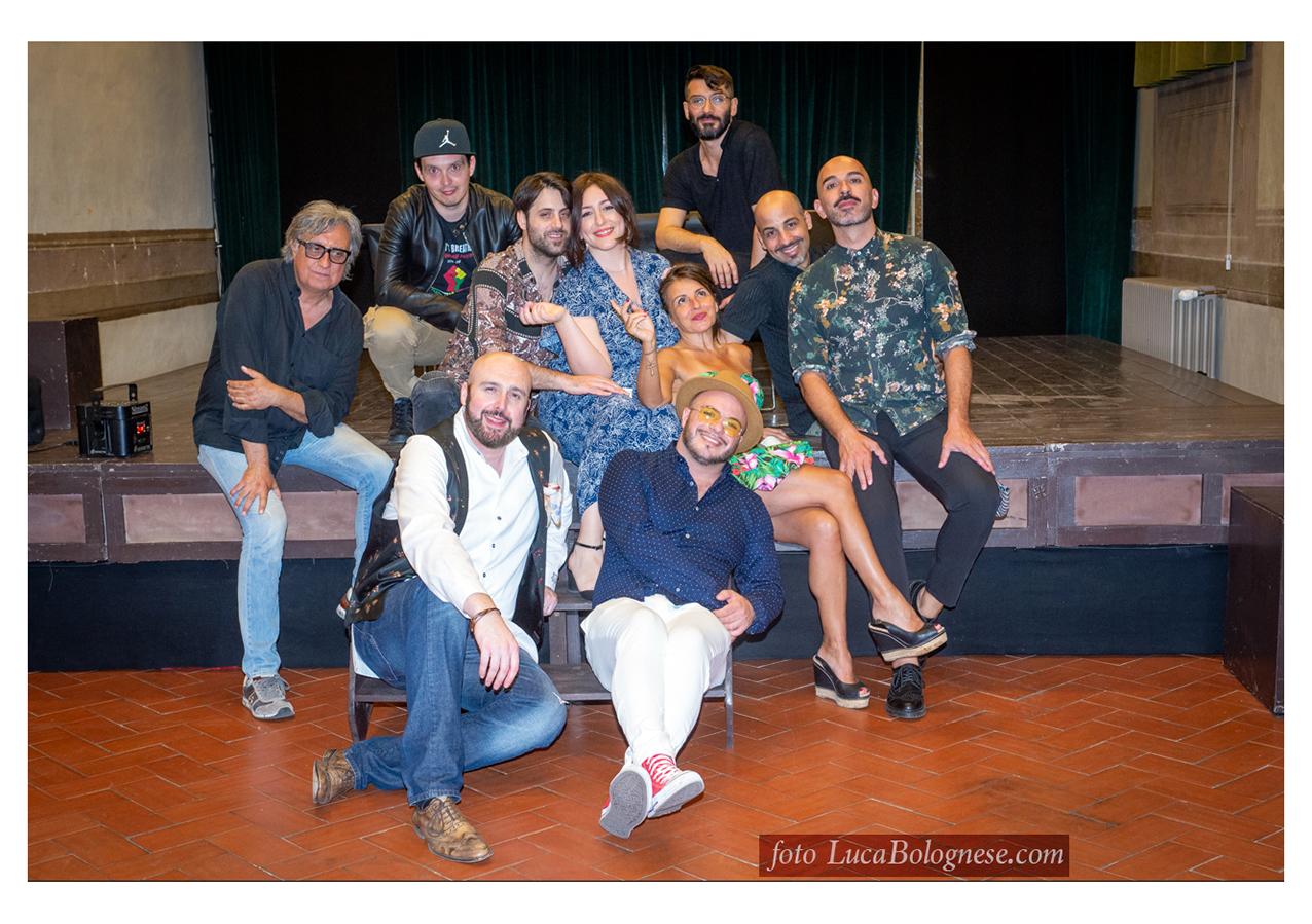Il team PMS con alcuni giovani cantautori